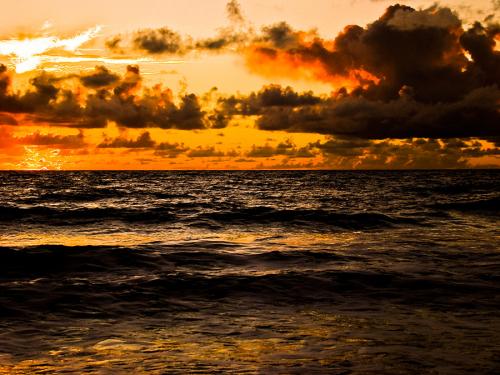 Oceanos estariam duas vezes mais quentes, segundo estudo